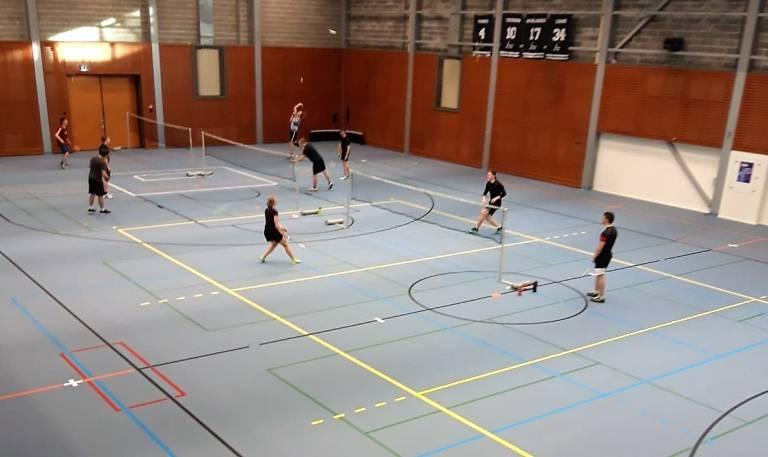 Tamppi Areena, uusi lattia palloiluhallissa